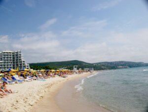 Куда с детьми на море в Болгарии: Албена