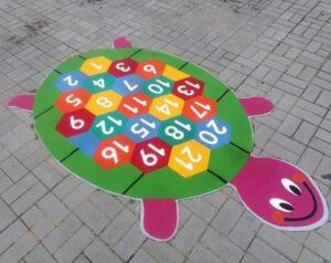 классные летние игры мелками на асфальте