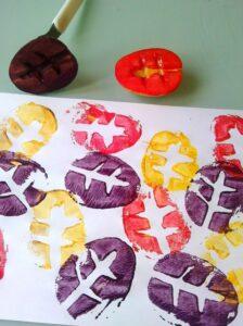 Осенняя поделка с картофелем