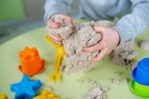 сделать кинетический песок своими руками в домашних условиях