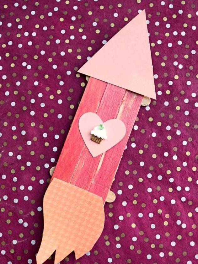 поделки из палочек от мороженого - ракета